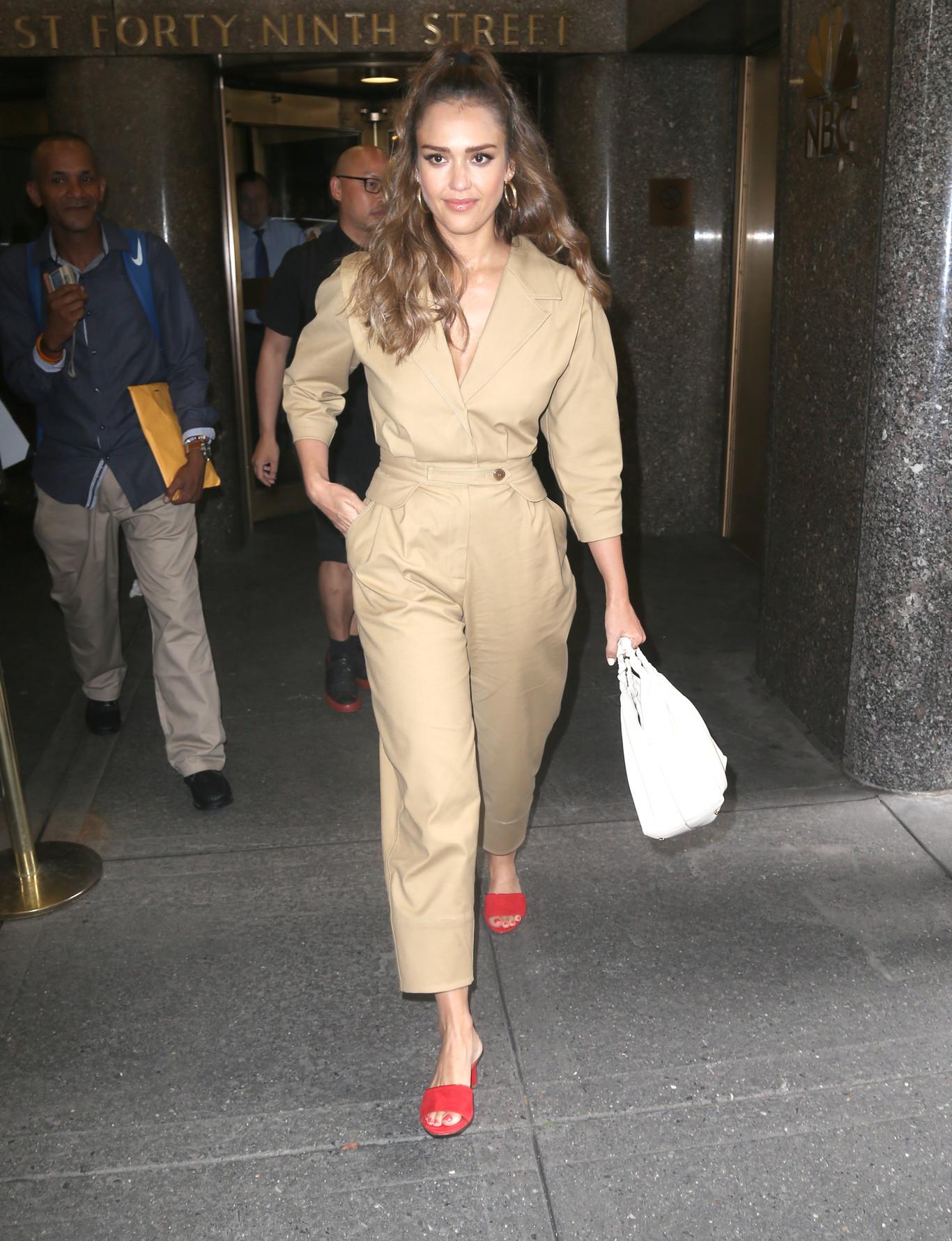 Style Of Jessica Alba