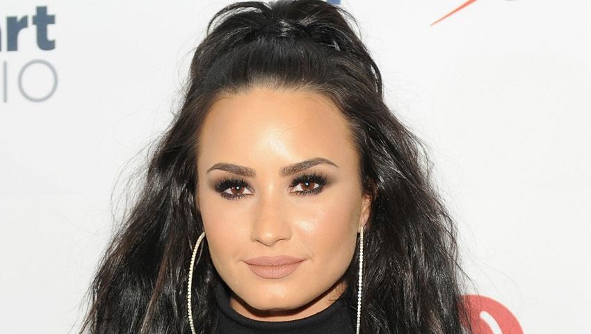 Demi Lovato mom