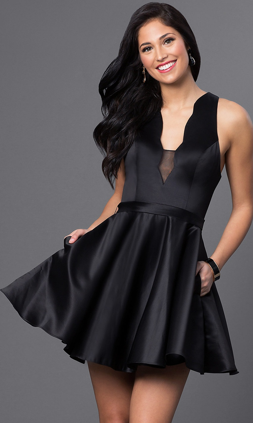Some short black dresses: class, elegance and good taste!