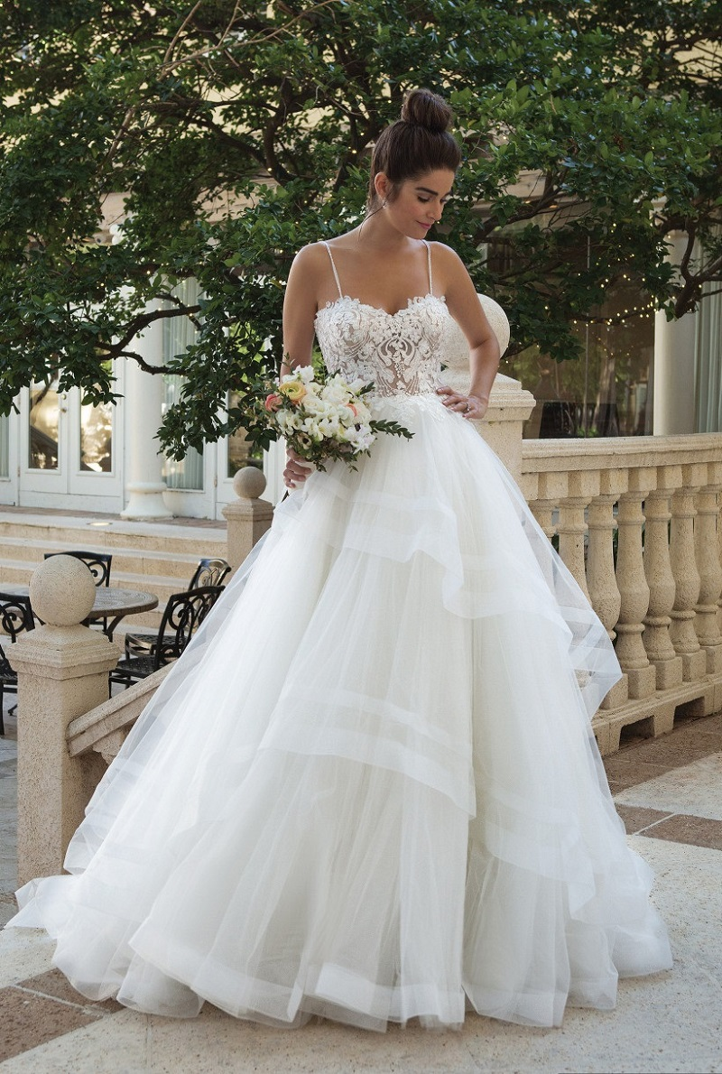 3 good reasons to wear the wedding dress after 40