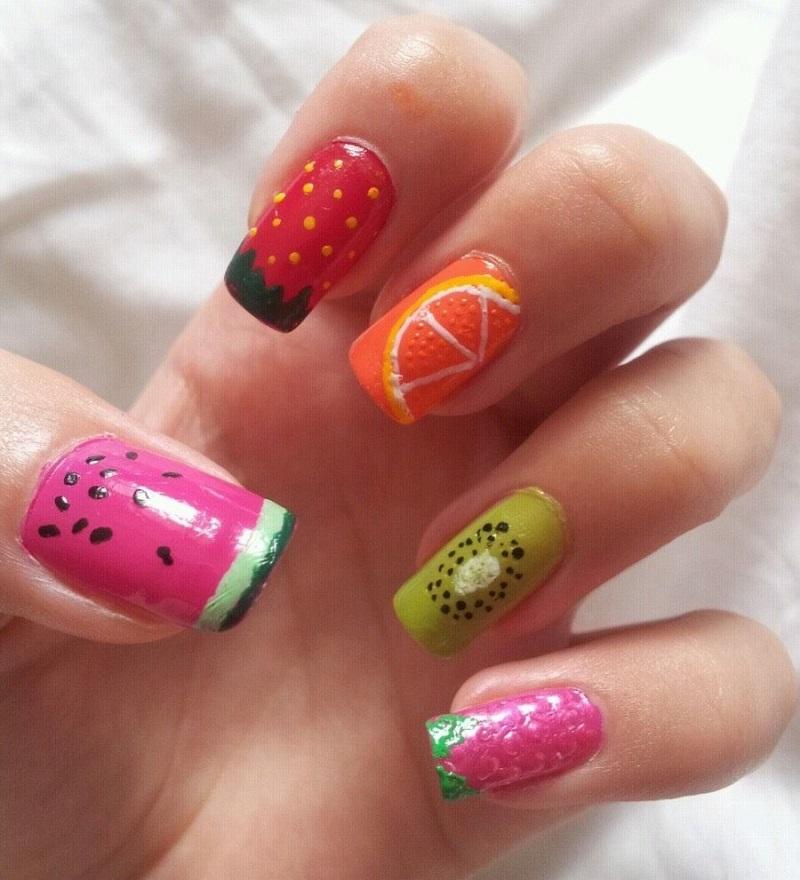 Nail summer 2019: trendy colors and nail art of the summer