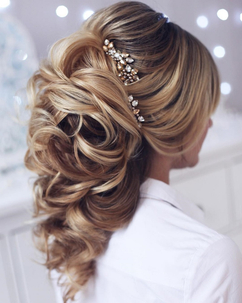 Perfect bridal hairstyles based on the length or type of hair